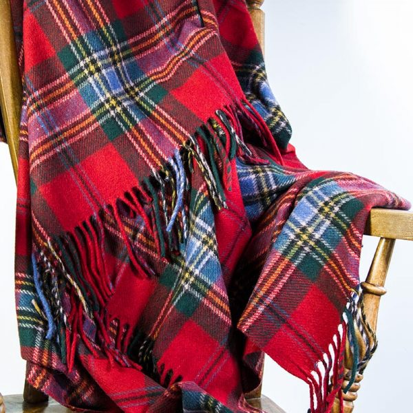 tartan travel rug red